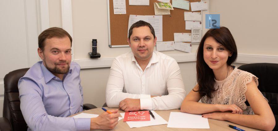 Denis Uspenskiy | CTO || Artem Kukharenko | CEO || Tatyana Murzova | Vice-President || iAge Technologies