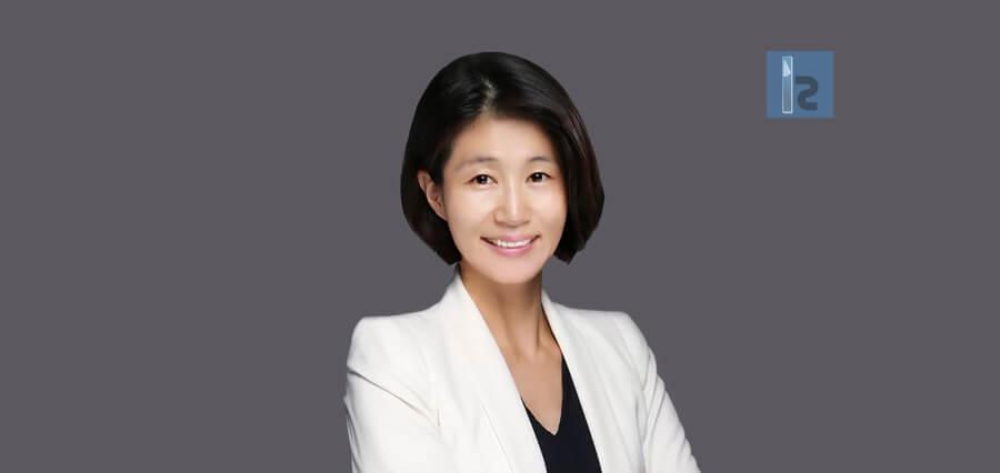 Mina Jeong | Managing Director | Insights Success