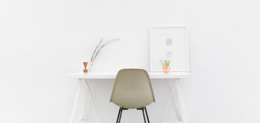 Invite the Right Attention with Minimalism