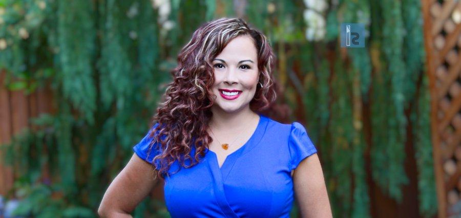 Natalie Ruiz | CEO | AnswerConnect